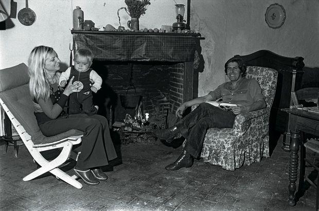 Avec sa première épouse et leur troisième garçon, Christophe, en 1971