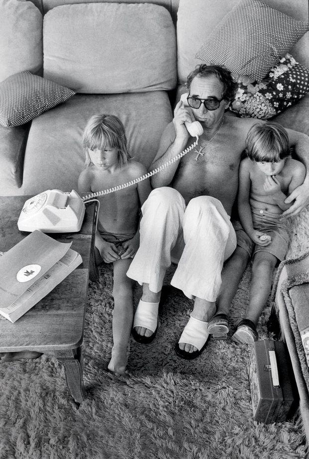 A Saint-Tropez, en 1977, avec Katia, 8 ans, et Mischa, 6 ans.