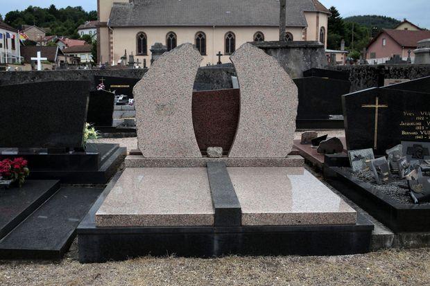 La sépulture de Grégory.