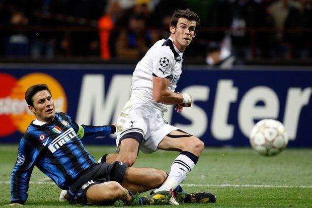 Gareth Bale lors du match de Ligue des Champions du 20 octobre 2010 contre l'Inter Milan.