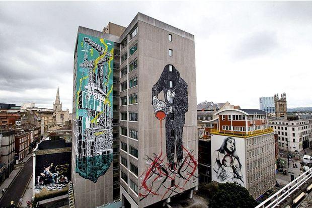 Des fresques du centre-ville de Bristol. De g. à dr. Connor Harrington, MCity, Nick Walker et Elmac.