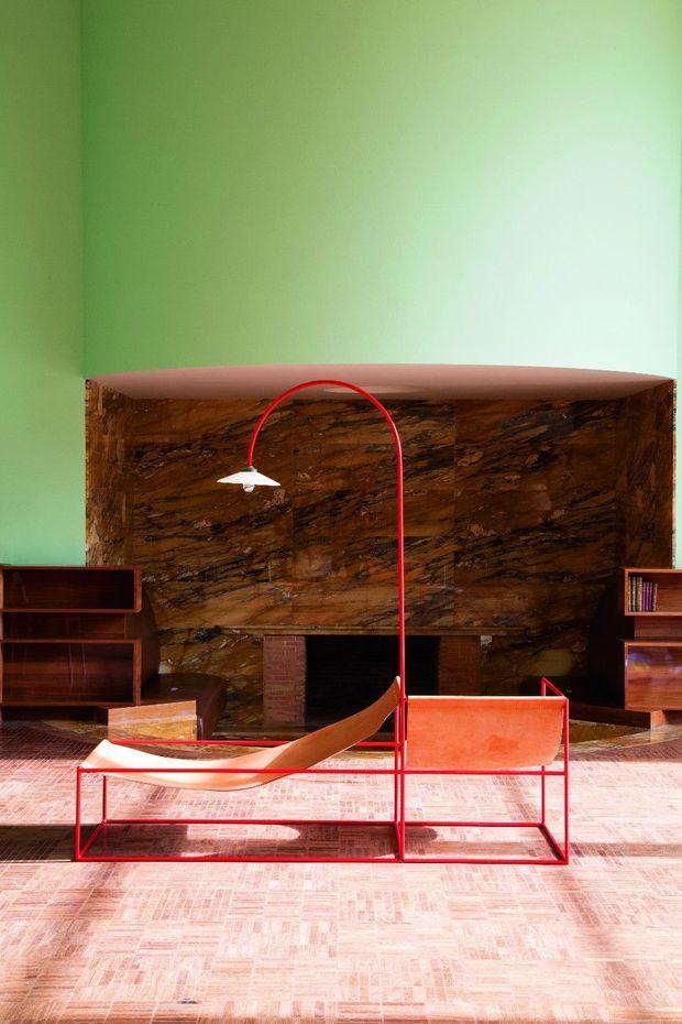 L'élégant mobilier des Belges Muller Van Severen en dialogue avec la villa Cavrois, chef-d'œuvre Art déco de l'architecte Mallet-Stevens à Croix.