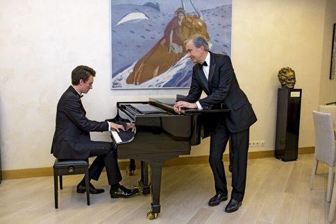 Bernard Arnault et son fils Frédéric, polytechnicien.