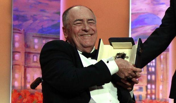 Le réalisateur italien Bernardo Bertolucci a reçu une Palme d'or d'Honneur pour l'ensemble de sa carrière.