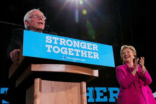 Bernie Sanders lors d'un meeting d'Hillary Clinton, en novembre 2016.