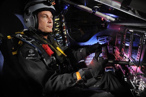 Bertrand Piccard aux commandes de l'avion solaire Solar Impulse 2