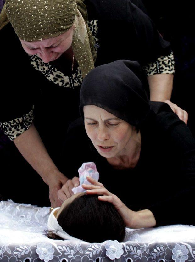 Enterrement des victimes de la tragédie de Beslan.
