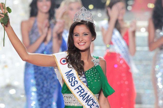 Malika Ménard, devenue Miss France 2010, le soir de son élection en décembre 2009