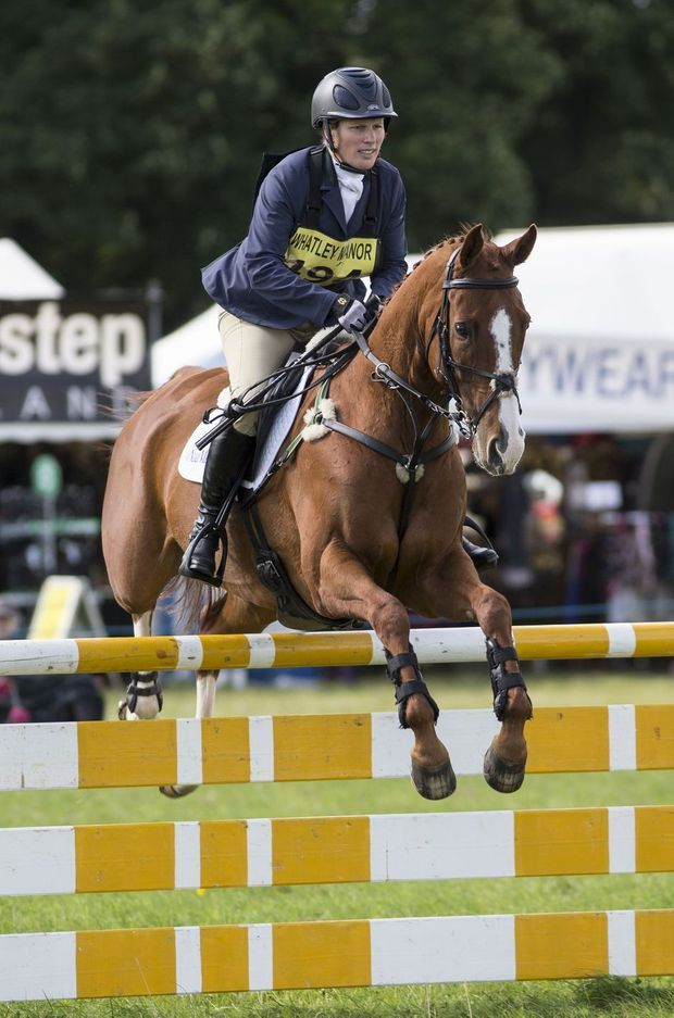 Zara Phillips en selle au Whatley Manor Gatcombe Horse Trials, le 17 septembre 2016