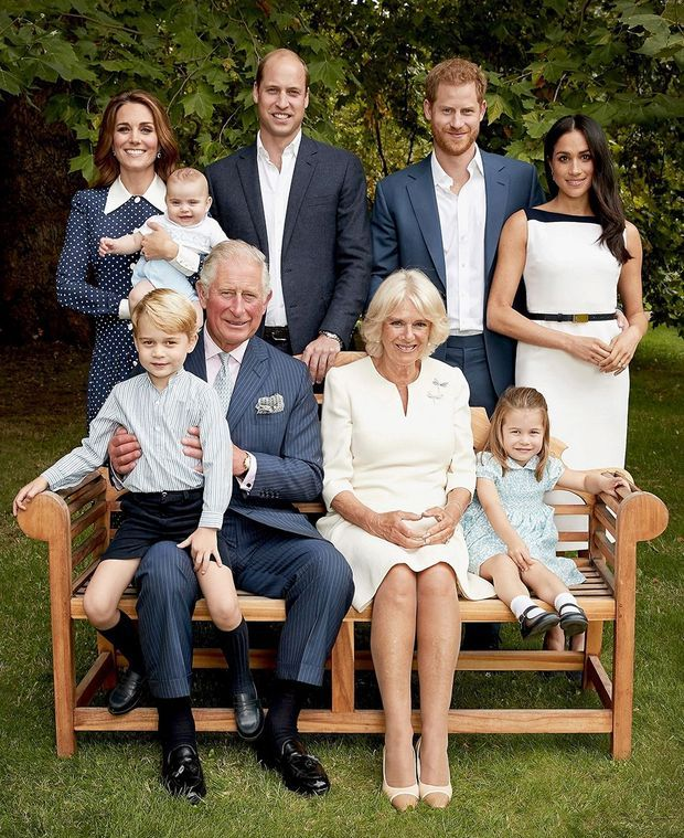 Kate Middleton portait déjà la robe Alessandra Rich sur des photos de la famille royale publiées en novembre 2018 pour les 70 ans du prince Charles