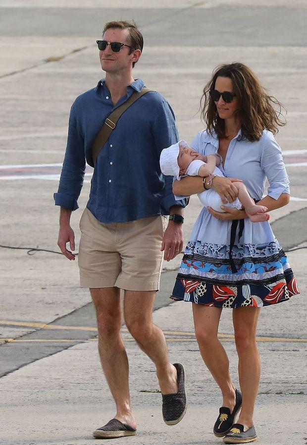 Pippa Middleton, son mari James Matthews et leur fils Arthur en janvier 2019 à Saint-Barthélemy