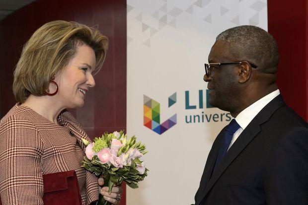 La reine des Belges Mathilde et le Dr Denis Mukwege, Nobel de la paix 2018, à Liège le 13 novembre 2019