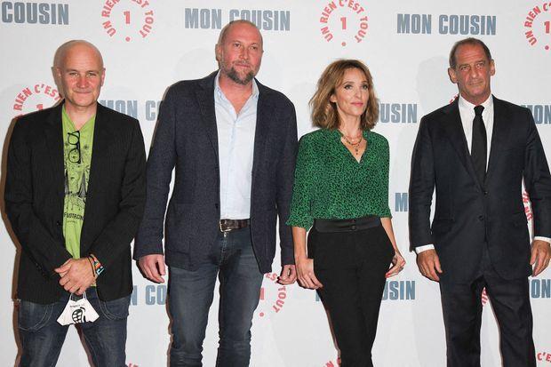 """Jan Kounen, François Damiens, Alix Poisson et Vincent Lindon à l'avant-première du film """"Mon cousin"""" à Paris le 28 septembre 2020"""