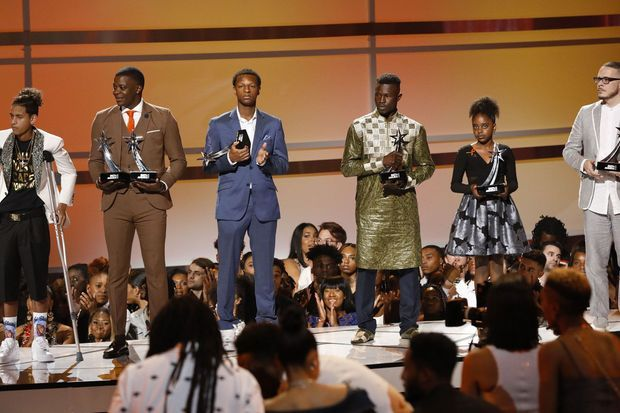 Les six lauréats du BET Humanitarian Award.