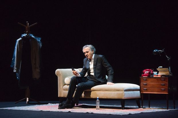 """BHL était à Londres lundi soir pour l'unique représentation de sa pièce """"Last Exit before Brexit""""."""