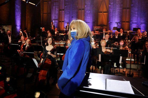 Brigitte Macron lors de l'enregistrement du concert «Symphonie pour la vie»