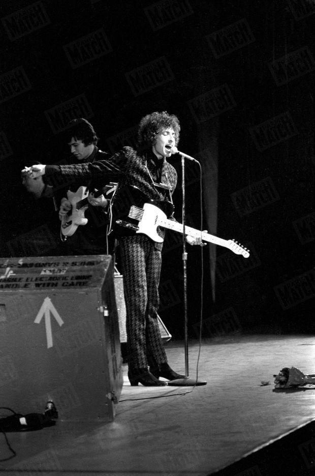 Bob Dylan lors de son concert à l'Olympia, le 25 mai 1966.