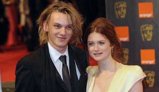 Bonnie Wright d'Harry Potter et Jamie Campbell de Twilight-