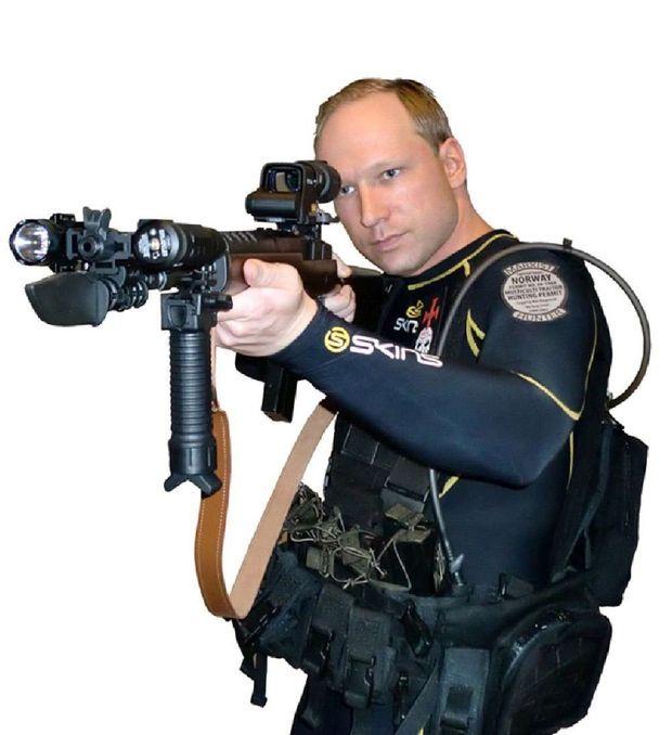 Anders Behring Breivik en « soldat », illustration de son manifeste.
