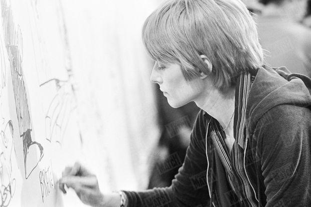 Claire Bretécher au Festival de la BD d'Angoulême en janvier 1974.