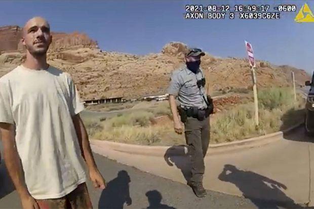 Brian Laundrie, filmé par la police après une dispute avec Gabby.