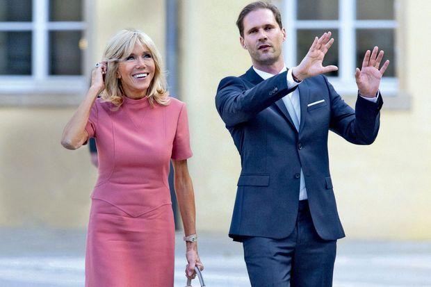 Brigitte Macron et Gauthier Destenay, fin août 2017 lors d'une visite au Luxembourg du couple présidentiel français.