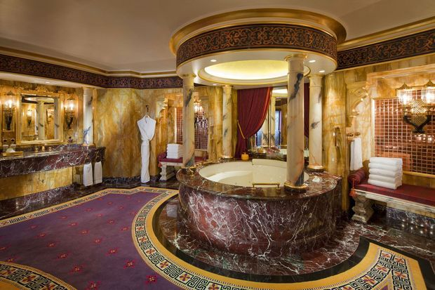 Burj_Al_Arab_-_Royal_Suite-2