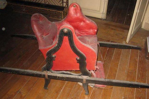 La chaise à porteurs de Madame Adélaïde, collections du château de Fontainebleau
