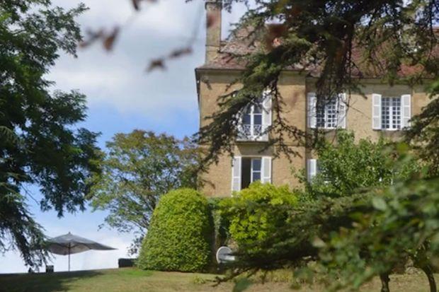 Le château où la famille de Cambridge s'est installée pour ses vacances françaises.