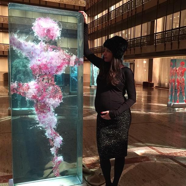 A quelques heures d'accoucher, Liv Tyler s'accordait une pause culturelle à New York