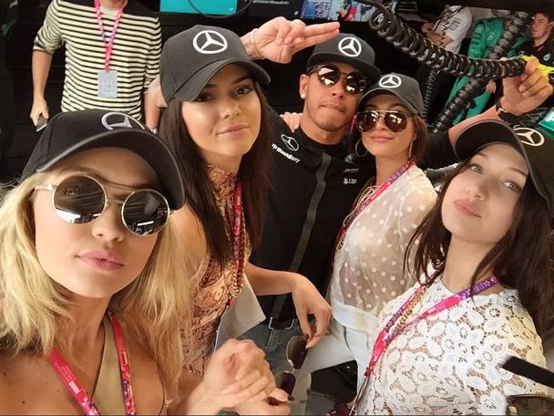 Gigi Hadid et ses copines encouragent Lewis Hamilton à Monaco