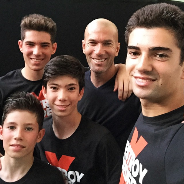 Selfie en famille pour le clan Zidane