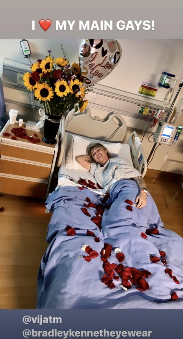 Miley Cyrus sur son lit d'hôpital en story sur Instagram