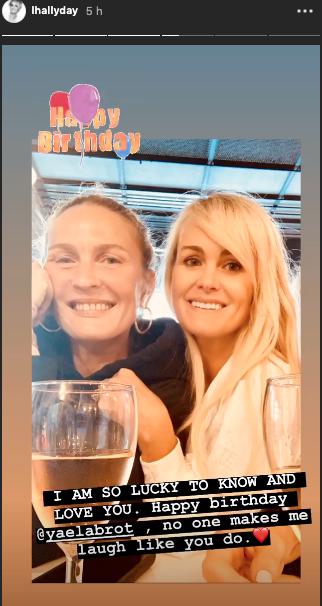 Laeticia Hallyday célèbre l'anniversaire de son amie Yaël Abrot