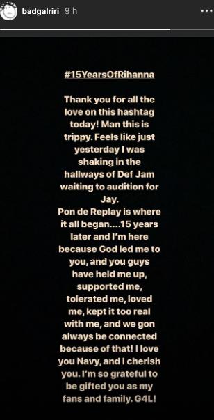 """Rihanna remercie les fans pour leur soutien à l'occasion du 15e anniversaire de son tube """"Pon De Replay"""""""