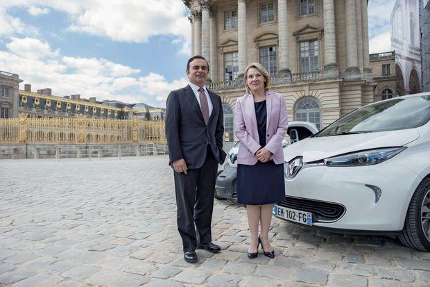 Le partenariat entre Versailles et Renault a débuté en 2013 avec la mise à disposition de véhicules électriques pour le personnel du château.