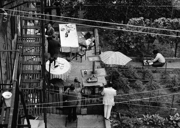 Le corps de Carmine Galante dans la cour intérieure du Joe and Mary's Italian-American Restaurant, à Brooklyn, le 12 juillet 1979.