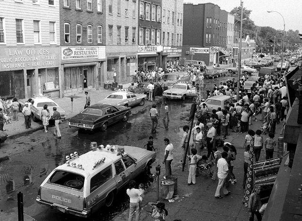 Le lieu du crime, le restaurant préféré de Carmine Galante, Joe and Mary's Italian-American Restaurant, au 205 Knickerbocker Avenue, dans le quartier de Bushwick, à Brooklyn.