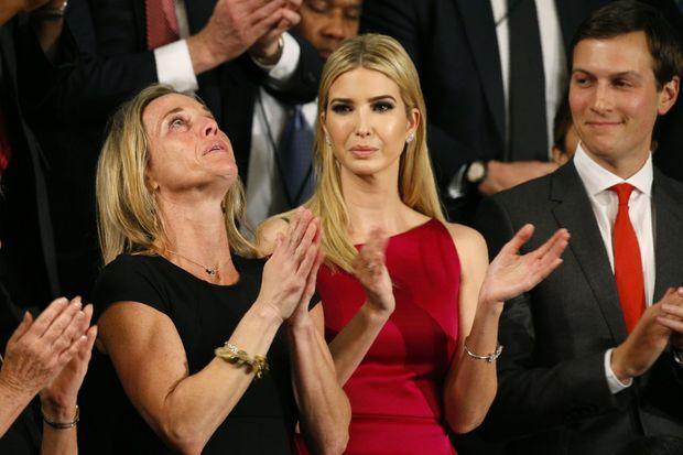 Carryn Owens se trouvait à côté d'Ivanka Trump.
