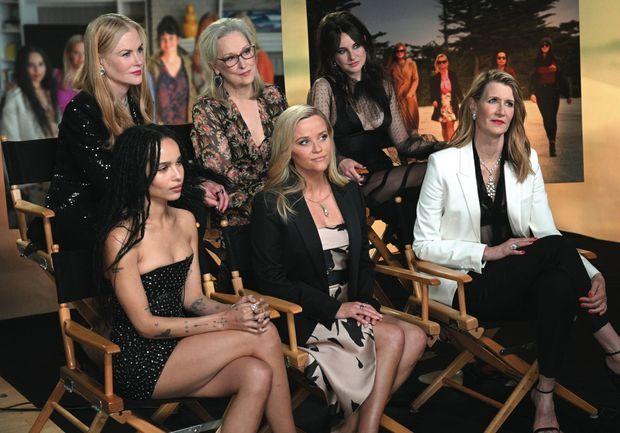 Casting de choc pour « Big Little Lies ». Premier rang : Zoë Kravitz, Reese Witherspoon et Laura Dern. Second rang : Nicole Kidman, Meryl Streep et Shailene Woodley