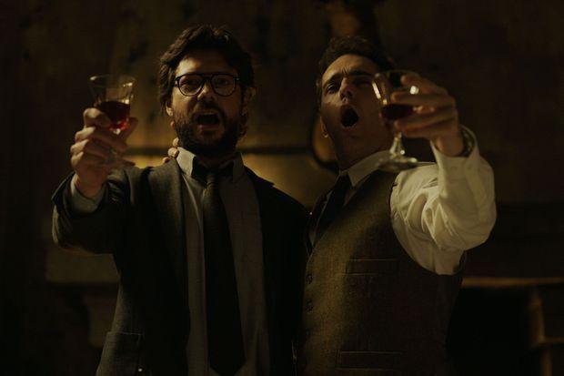 Le Professeur (Álvaro Morte) et Berlin (Pedro Alonso).