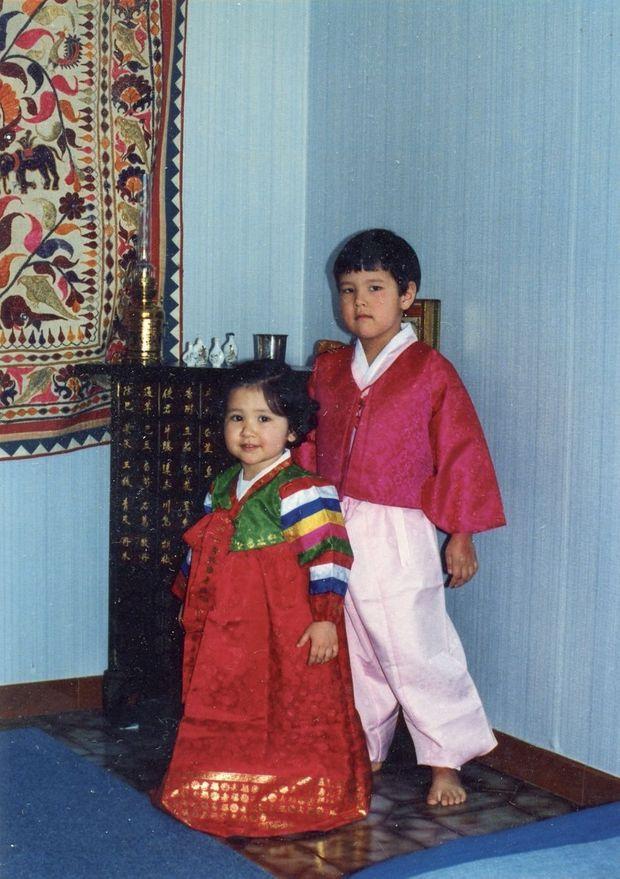 Noël 1988, à Villeurbanne, Cédric O et sa sœur, Delphine O, ex-députée LREM.