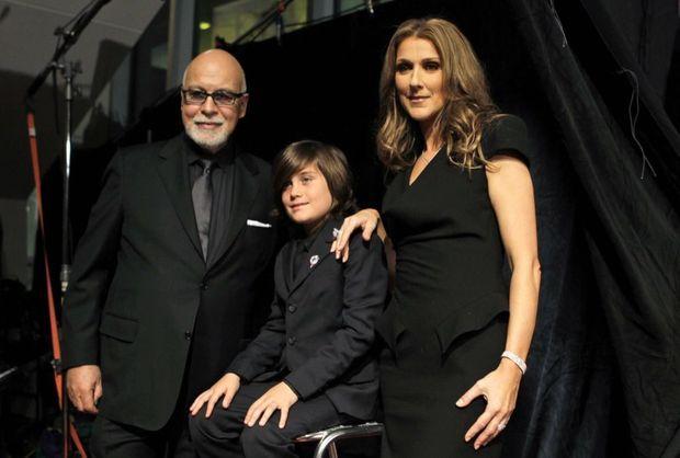Céline Dion, René Angelil et leur fils René-Charles, en février 2010.