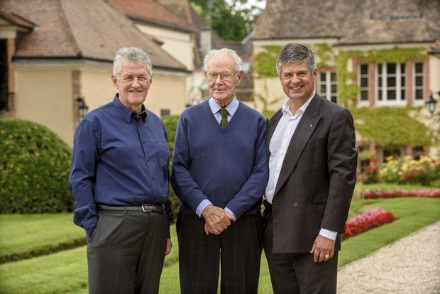 Jean et ses deux fils, François et Antoine, les cinquièmes et sixièmes générations Billecart.