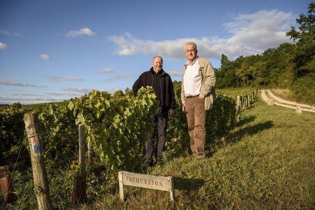 Pour Jean-Hervé et Laurent Chiquet, ici sur leur terre Jacquesson, il n'est pas question d'agrandir le vignoble.
