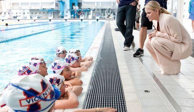 charlene piscine australie-
