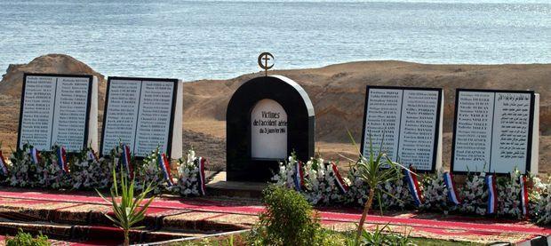 Le monument dressé en souvenir des morts du crash au bord de la Mer Rouge, à Charm el-Cheikh.