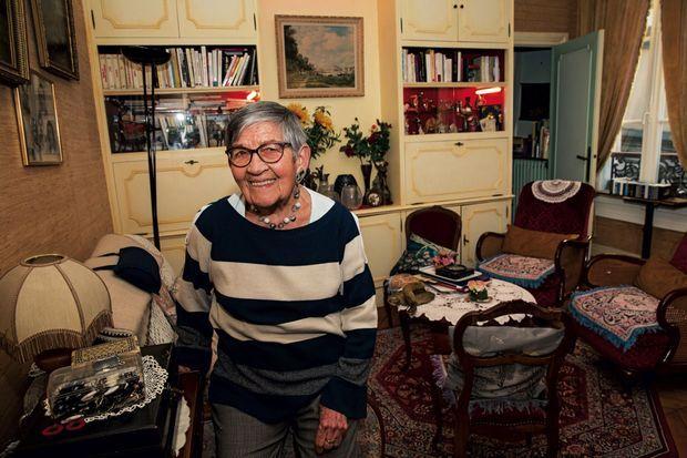 Chez elle, dans le XIe arrondissement de Paris, samedi 16 février, la veille de son voyage à Auschwitz.