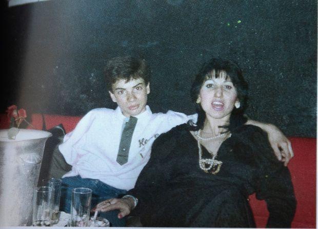 Christophe à 14 ans, avec Pascale tuée peu après dans un accident.