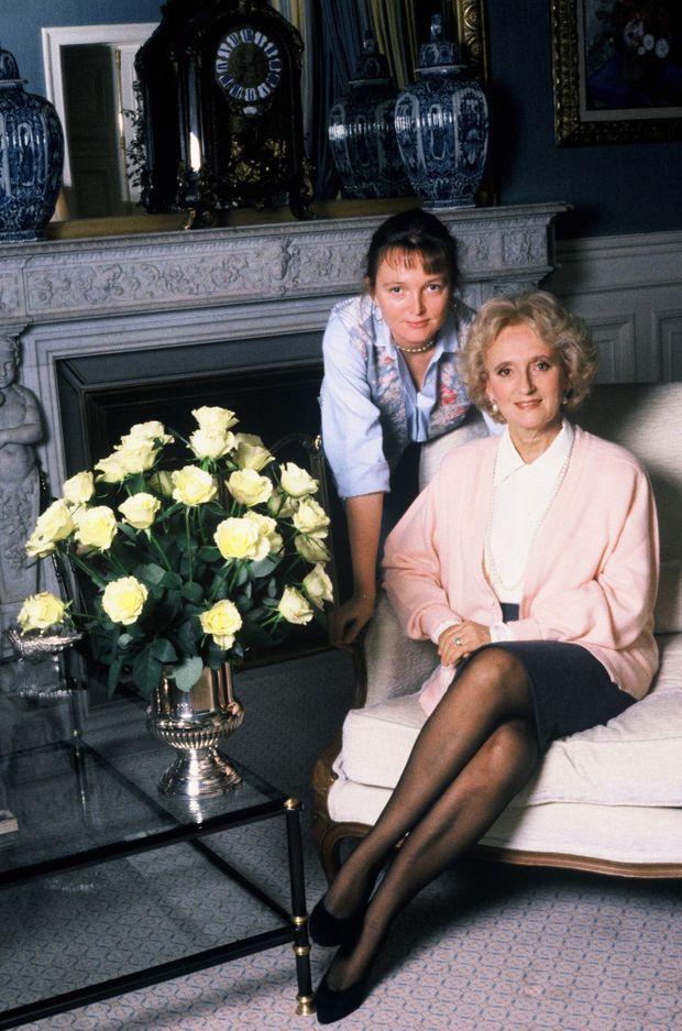 Claude et Bernadette Chirac à l'Hôtel de Ville de Paris, en novembre 1990.